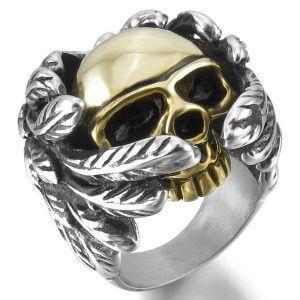 Non rinunciare alla tua passione e vesti le tue dita con questi piccoli gioielli in oro o argento. Questi anelli sono curati nei minimi dettagli.