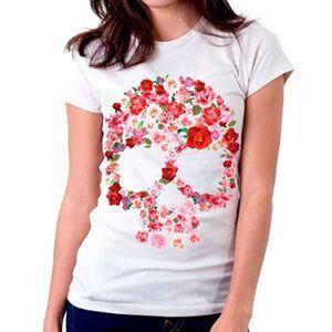T-shirt da donna con teschio fatto di rose e fiori rosa e rossi