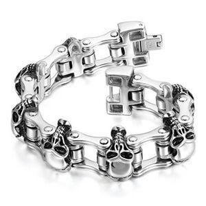 Dai più classici ai più trasgressivi, questi braccialetti con teschio si distinguono per il loro stile unico. Rifiniti in ogni minimo particolare, si adattano a tutte le esigenze.