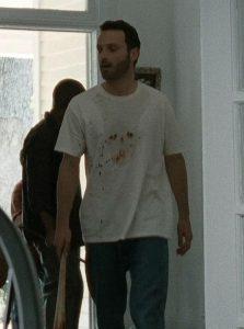 Maglietta-di-Rick-con-un-teschio-di-sangue-686x921