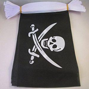 Ghirlanda di venti bandiere con teschio e sciabole Jack Rackham