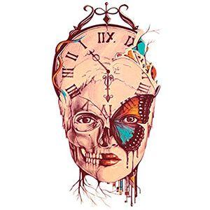 Tatuaggio teschio con ali di Farfalla e orologio